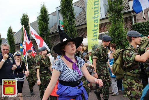 Vierdaagse van Nijmegen door Cuijk 20-07-2012 (24).JPG