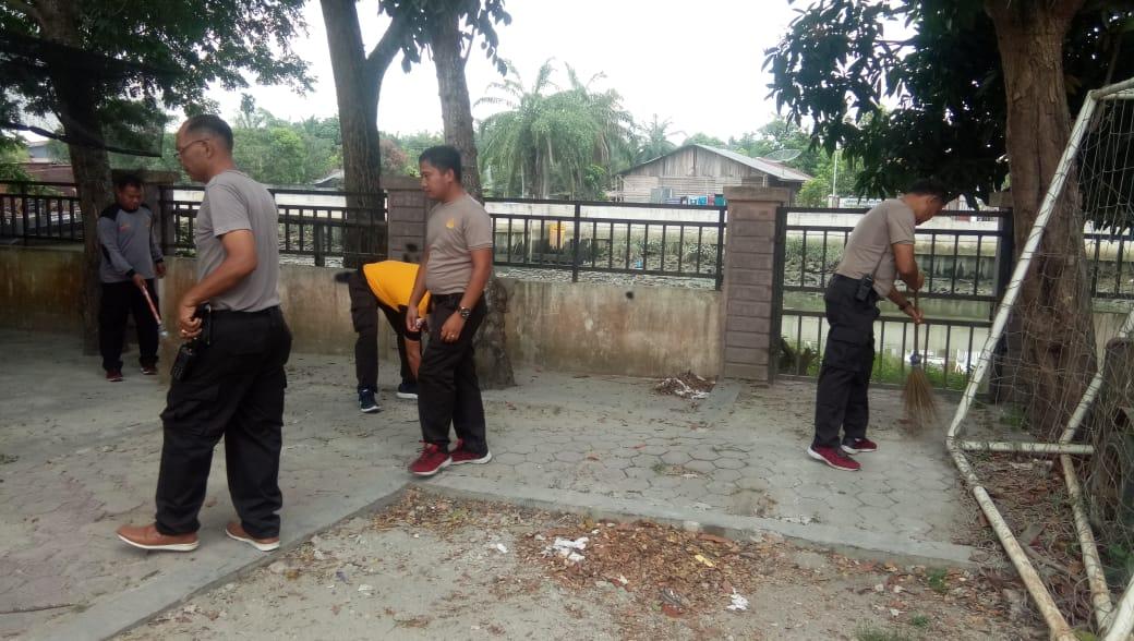 Kapolres Tanjung Balai : Utamakan Kebersihan dalam Lingkungan Mapolres