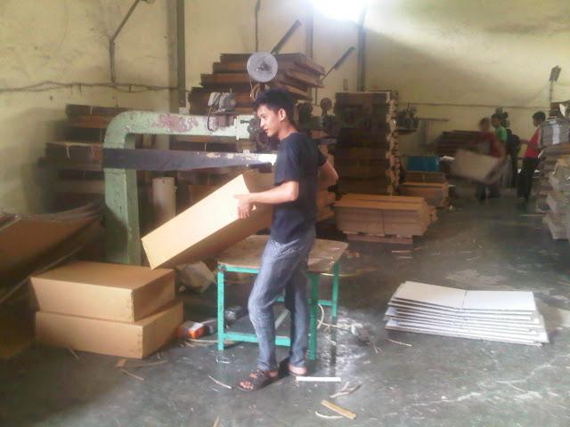 Pabrik Produksi Kardus dan Packaging