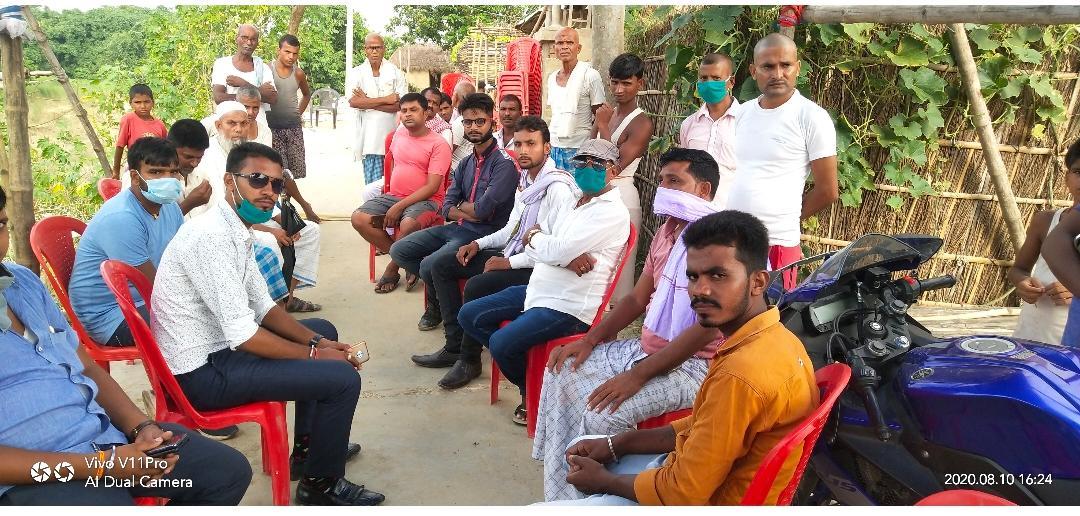 इंडिया युथ आईकन टीम  जिलाध्यक्ष द्बारा मृतक के परिजनों को दी सान्तवना