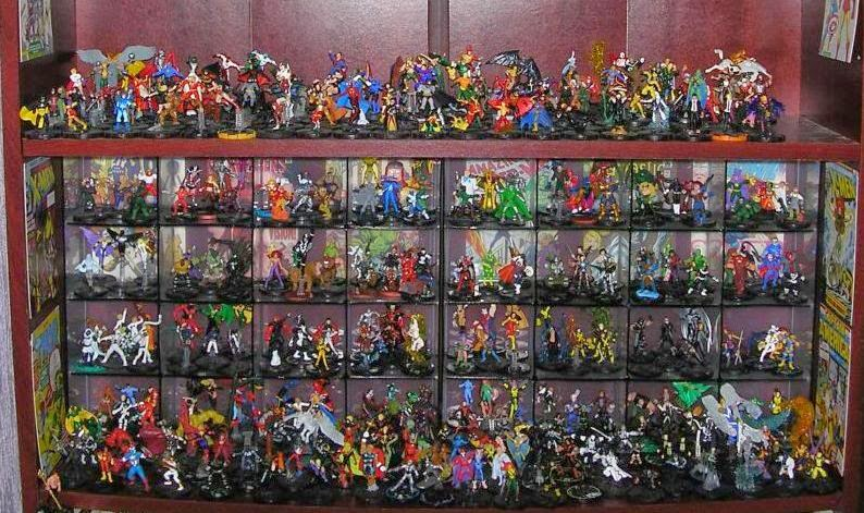 Una collezione di Heroclix