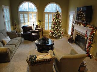 new-holidayLivesay Christmas 2011 (38)