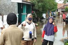 Aparat Desa Purwawinangun Bersama Babinsa Tinjau Lokasi Banjir di Perumahan Puri Celancang Dua