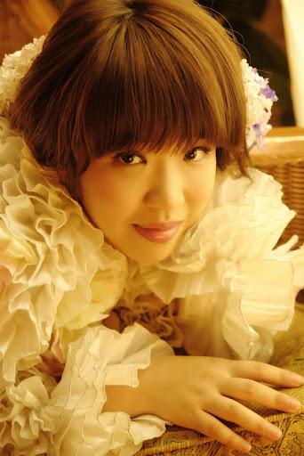 Cassandra Shi Photo 9