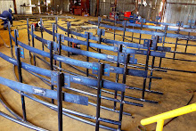 Custom Radius Carbon Steel Pipe Handrail Fabrication