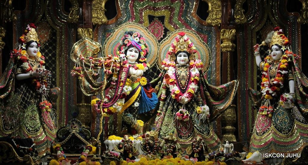 ISKCON Juhu Sringar Deity Darshan 09 Apr 16 (2)