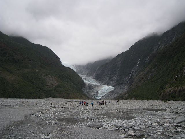 the hike to the Franz Joseph Glacier