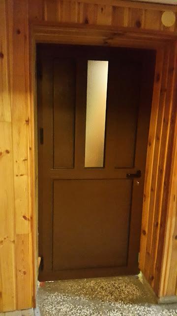 Postavljena nova ulazna vrata na domu