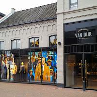 Verbouwing tbv Winkel Suitsupply bij Van Dijk Waalwijk