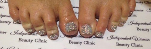 independent woman swarovski crystal pedicure stacey melia liverpoollashes lashes blogger scouse scouser