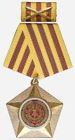 013d Kampforden für Verdienste um Volk und Vaterland Gold www.ddrmedailles.nl