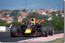 Daniel Ricciardo nelle prove libere del gran premio d'Ungheria 2017