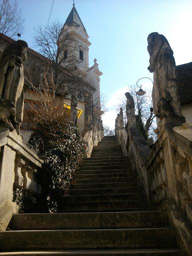 kolostor lépcső