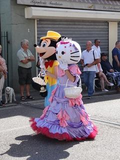 2016.08.14-019 Mickey et Hello Kitty