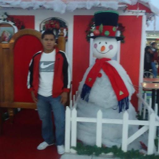 Neftali Mendez Photo 17