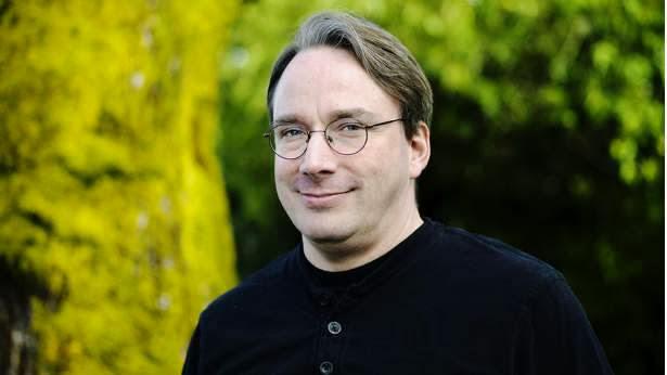 Linus Torvalds rompe con todos los acuerdos de licencia de contribución