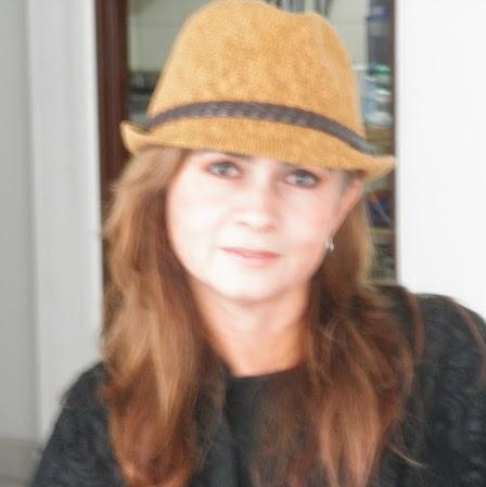 Gladys Saavedra Photo 18