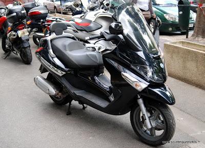 occasion scooter piaggio x evo 125 noir 2008 22200kms vendu saint maur motos. Black Bedroom Furniture Sets. Home Design Ideas