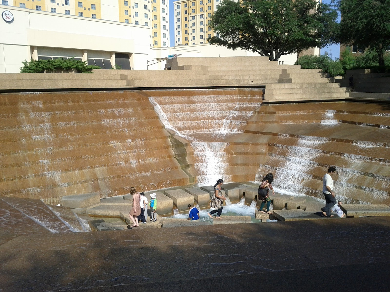 Dallas Fort Worth vacation - IMG_20110611_172607.jpg