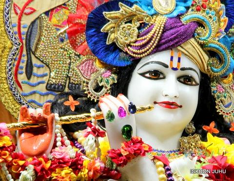 ISKCON Juhu Sringar Deity Darshan on 5th Sep 2016 (55)