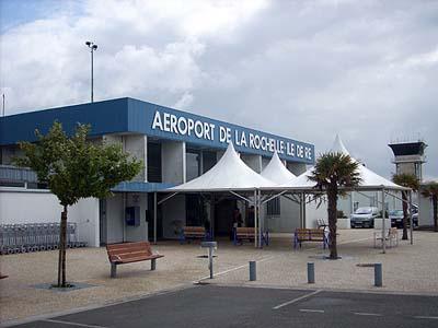 La-Rochelle-Airport.jpg