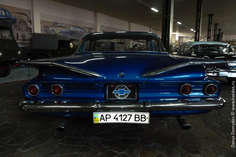 Chevrolet Biscayne - ну разве он не прекрасен?