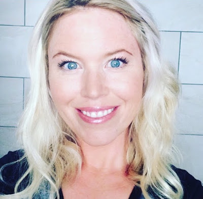Grumbling Grace, beauty, lipsense, lipstick, review, mom blogger