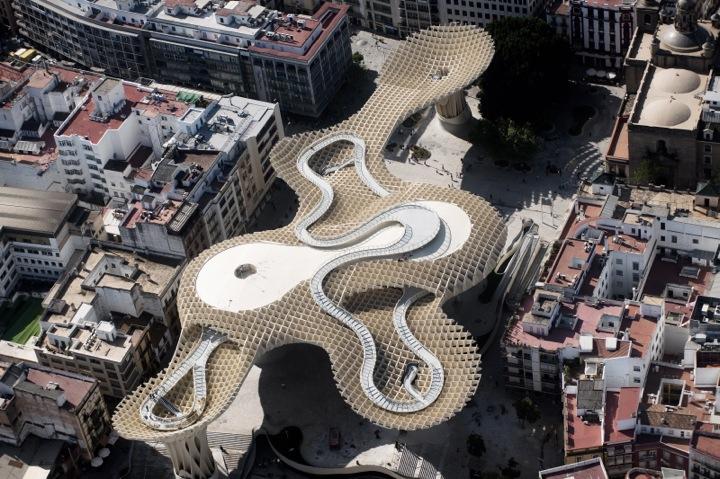 *西班牙-賽維利亞廣場古城新地標:大型蜂巢傘狀建築Metropol Parasol! 2