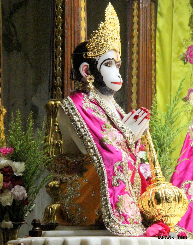 ISKCON Juhu Mangal Deity Darshan on 12th Sep 2016   (1)