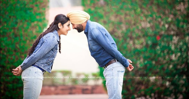 Romantic Sikh Couple Pre wedding Photoshoot