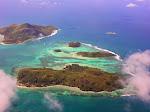 1280px-2006-06-22_12-34-40_Seychelles_Cascade_Cascade.jpg