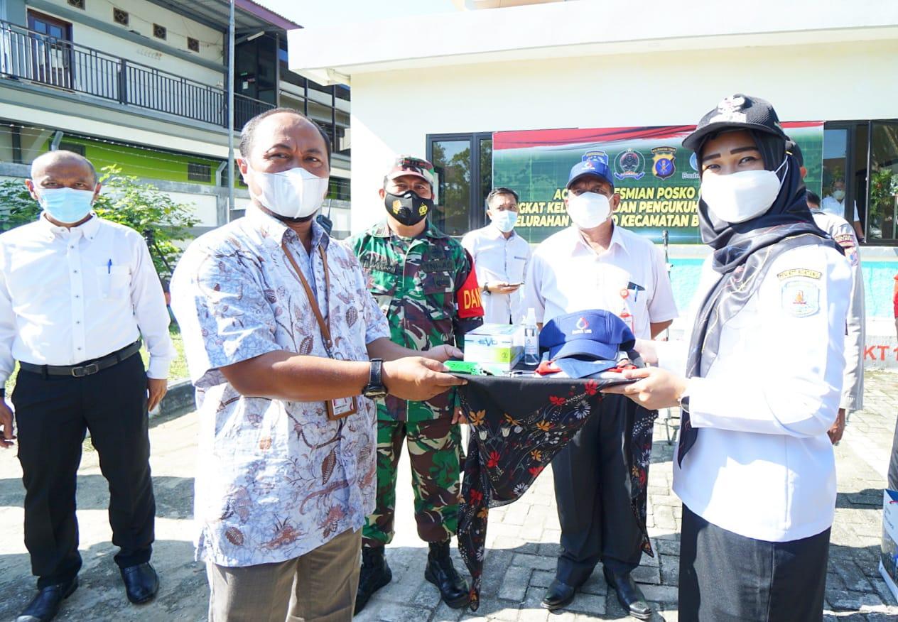 Danramil Loktuan Resmikan  Posko Kelurahan Siaga Covid-19  dan Pengukuhan Relawan Garda Isoman Kelurahan Satimpo