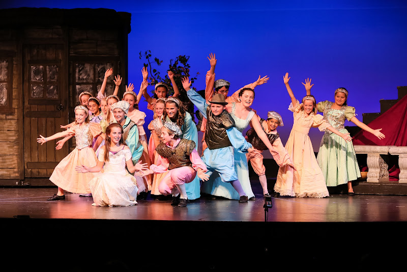 2014Snow White - 30-2014%2BShowstoppers%2BSnow%2BWhite-5798.jpg
