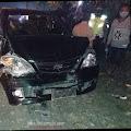 Laka Beruntun Libatkan Dua Mobil dan Satu Motor di Jalan Raya Desa Kayen