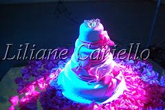 Fotos de decoração de casamento de 15 anos Júlia no Espaço Horto da decoradora e cerimonialista de casamento Liliane Cariello que atua no Rio de Janeiro e Niterói, RJ.