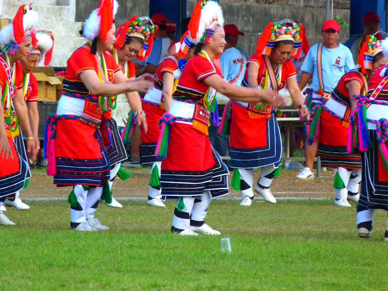 Hualien County. Liku lake. Danses Amis J 2 - liyu%2B2%2B481.JPG