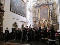 08 Az ipolybalogi Szent Korona Kórus fellépése.JPG