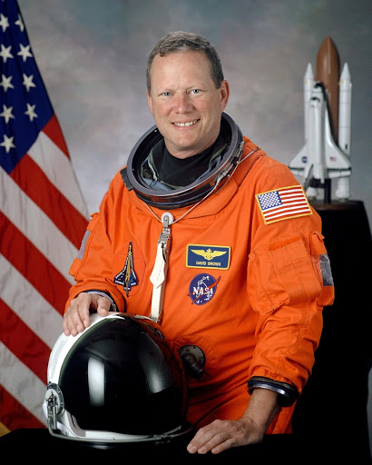 Official portrait of astronaut David M. Brown, mission specialist
