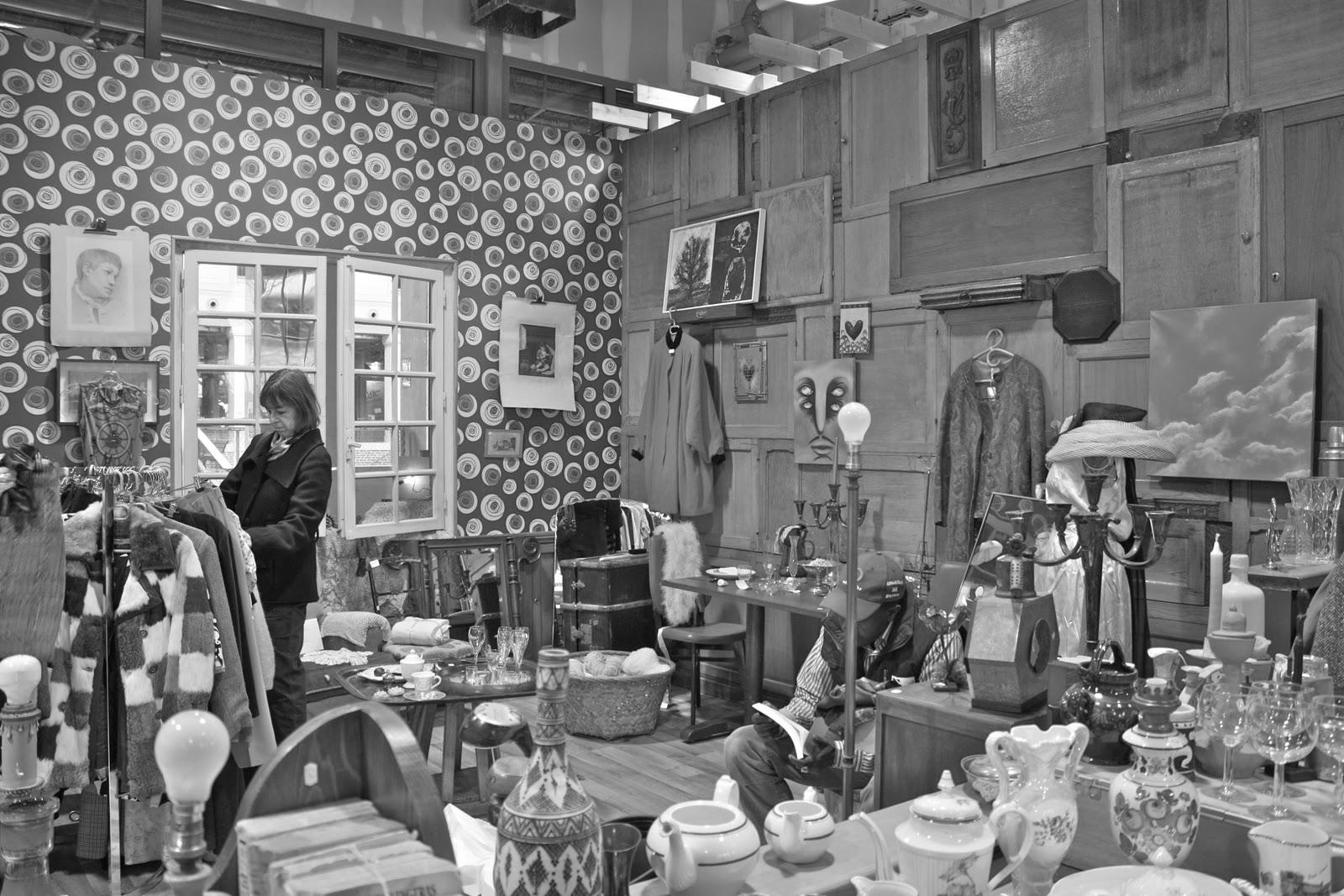 le blog des parisian sisters le 104 made in paris. Black Bedroom Furniture Sets. Home Design Ideas