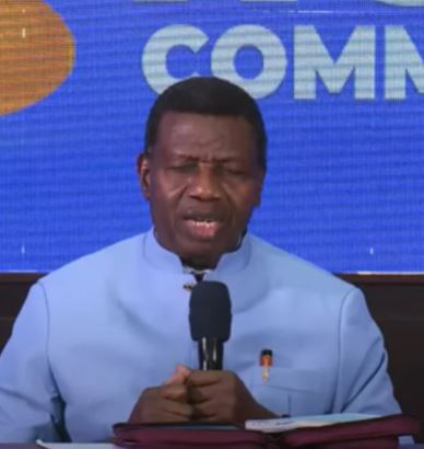 Pastor Adeboye Makes His First Public Appearance After The Death Of His Son, Pastor Dare (Video)