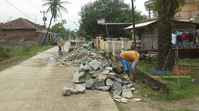 Desa muara wujudkan program pembangunan gapura intan