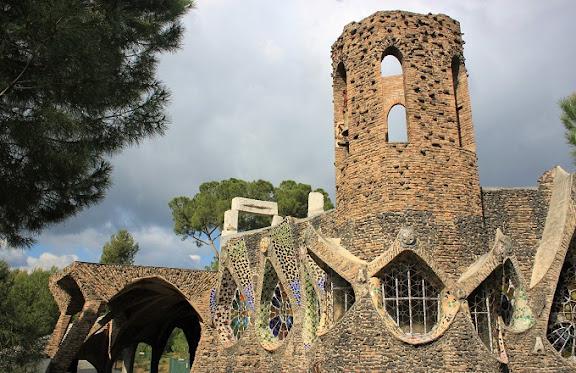 OK Cripta Gaudí.jpg