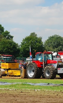 Zondag 22-07-2012 (Tractorpulling) (61).JPG