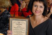 В мэрии лучшим николаевским педагогам вручили почетные знаки и премии