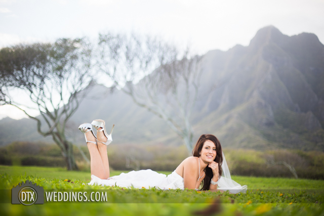 trash the dress photography hawaii