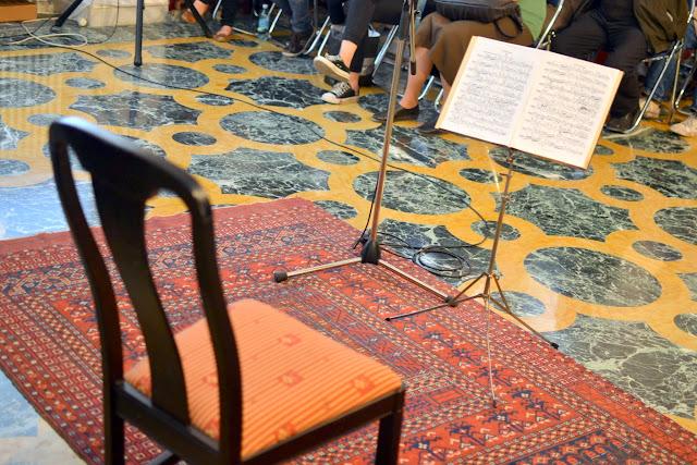 Violoncelistul Dan Cavassi - (104)