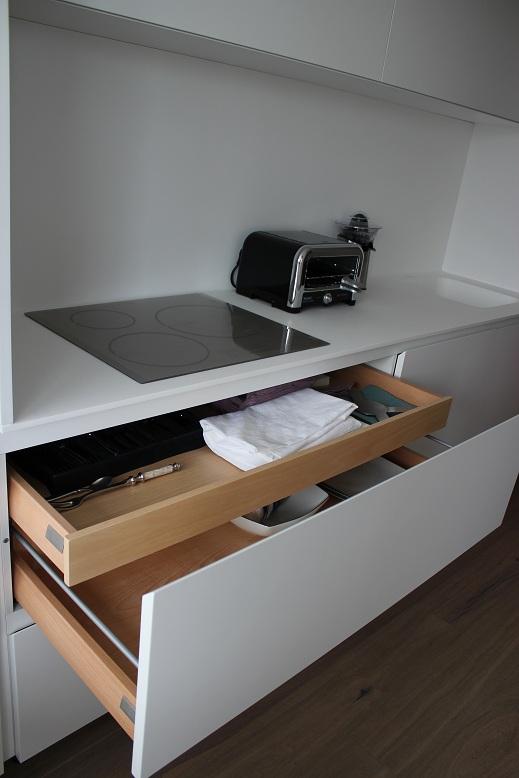 Dise o y decoraci n de cocinas cocina de dise o pozuelo buscando la perfecci n una cocina - Muebles el chaflan ...