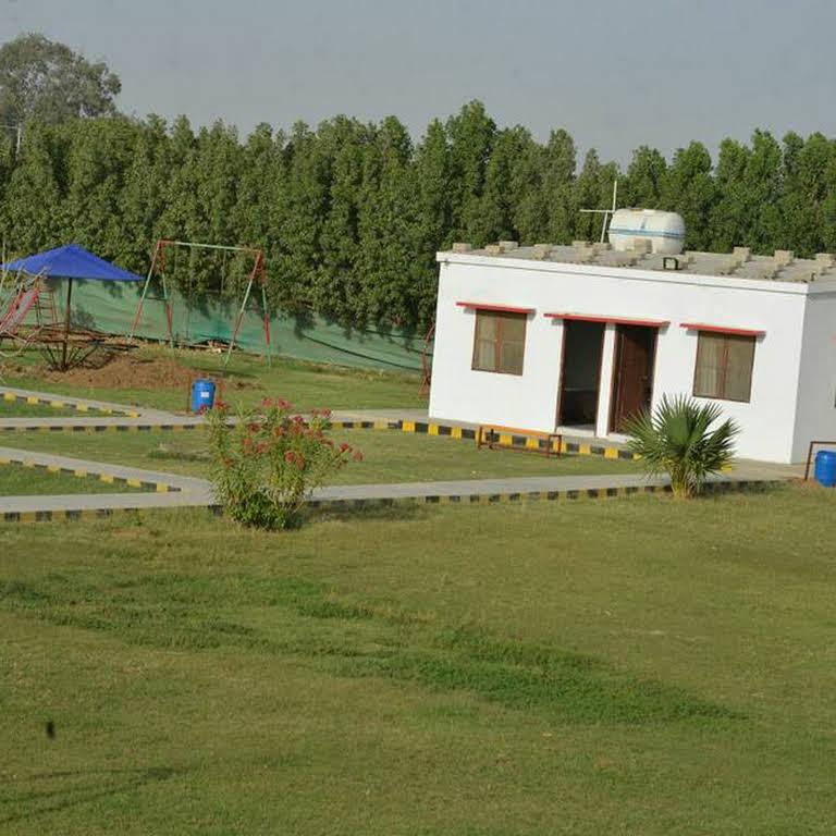 Dua Farmhouse - Resort in Karachi