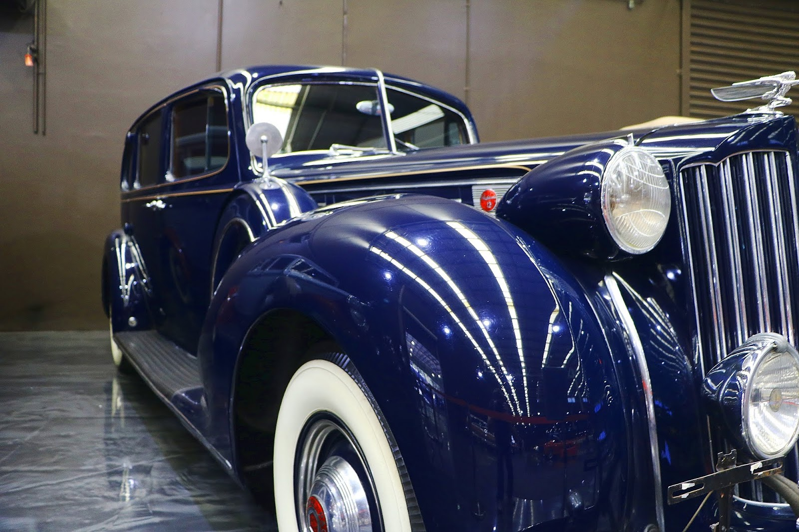 1939 Packard 1708 (03).jpg
