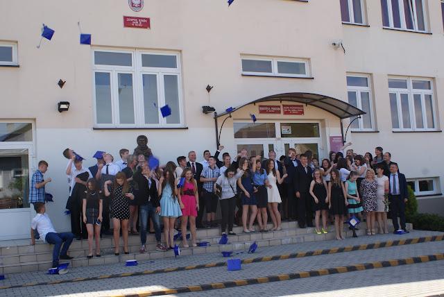 Pożegnanie klas trzecich gimnazjum - DSC06371.JPG